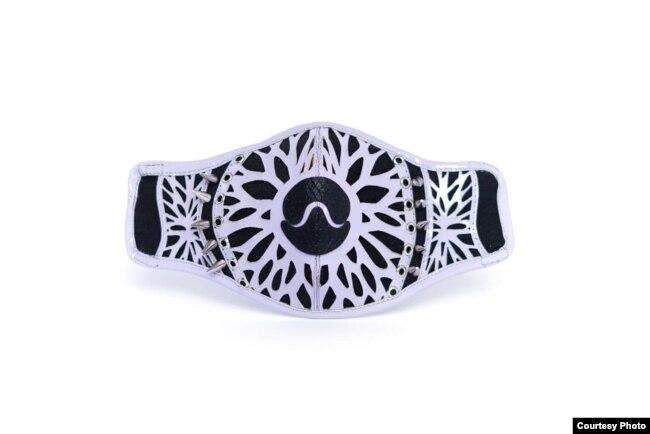 Masker wajah karya desainer Diana Putri (dok: Diana Putri)