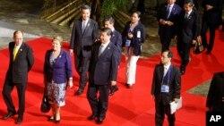 亚太经合组织领导人非正式会议在菲律宾首都马尼拉正式拉开帷幕(2015年11月18日)。