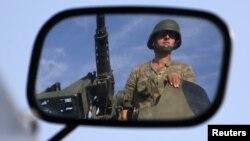 4일 터키-시리아 국경지대를 순찰 중인 터키 탱크병.