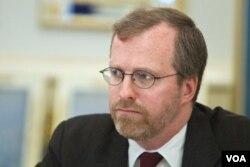 Дэвид Крэмер