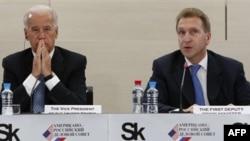 Джозеф Байден и Игорь Шувалов