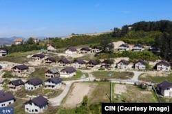 Arapsko rezidencijalno naselje iznad centra Ilijaša izgrađeno je bez dozvola (Foto: CIN)
