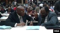 UMnu. Patrick Chinamasa loMnu. Simbarashe Mumbengegwi