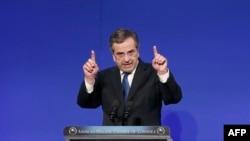 Le Premier ministre Antonis Samaras devra demander une prolongation du programme d'aide internationale, selon un haut responsable de la zone euro