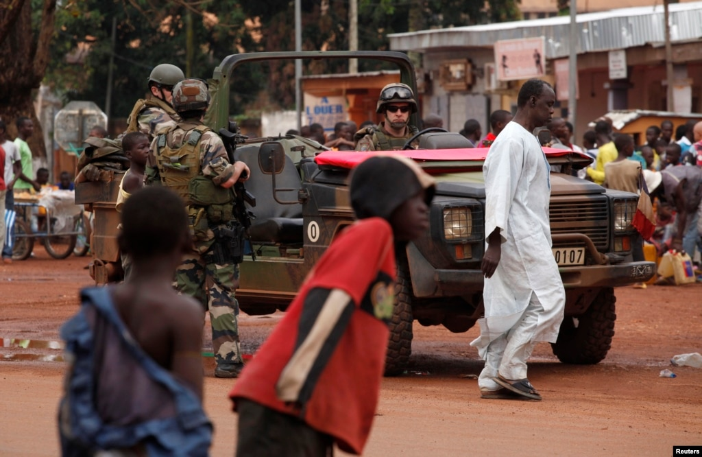 the central african republic civil war crisis Some key dates in the history of the central african republic: who declares himself emperor of the central african empire report by crisis group.