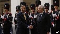 Italijanski premijer Mario Monti sa grčkim premijerom Antonisom Samarasom, 21. septembar, 2012.