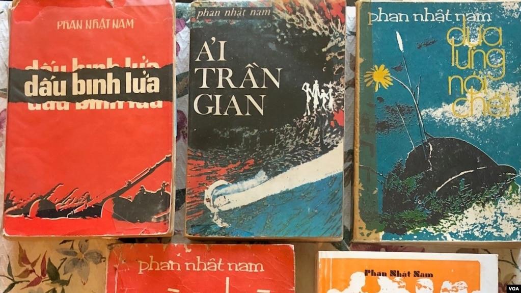 Bìa một số tác phẩm Phan Nhật Nam xuất bản trước 1975, riêng bìa cuốn Tù Binh và Hoà Bình là sách tái bản ở hải ngoại 1987. [tư liệu Ngô Thế Vinh]