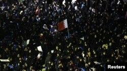 بحرین میں حزبِ اختلاف کی جانب سے چند روز قبل نکالے جانے والے ایک جلوس کا منظر