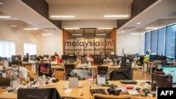 Ruang kerja situs berita Malaysiakini di Kuala Lumpur, 6 Juli 2020.