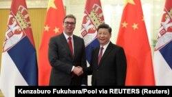 """Aleksandar Vučić i Ši Điping, predsednici Srbije i Kine, tokom susreta u Pekingu u okviru inicijative """"Pojas i put"""" (Foto: Reuters)"""