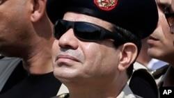 Le maréchal Abdel Fattah al-Sissi, homme fort d'Egypte, se porte candidat à la présidentielle prévue cette année dans son pays