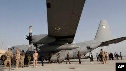 طیارۀ C-130 مربوط قوای هوایی افغانستان