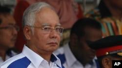 Thủ tướng Malaysia Najib Razak trong lễ kỷ niệm ngày Quốc khánh lần thứ 58 tại Quảng trường Độc lập Kuala Lumpur, ngày 31/8/2015. Ông Najib thề quyết sẽ không tù chức và chỉ trích những người biểu tình là 'đầu óc nông cạn'.