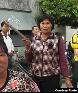 """杨锦贞因""""擅自举行集会""""被判处六年徒刑。"""