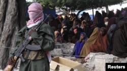 Один из боевиков исламской группировки «Аль-Шабаб» в Сомали (архивное фото)