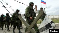 出兵克里米亞半島的俄羅斯軍人。