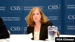 战略与国际研究中心中国问题资深研究员葛莱仪 (美国之音 Grace Wang摄)