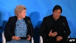 عمران خان کے بقول پاکستان کا دہشت گردی کے خلاف امریکی جنگ کا حصہ بننا تاریخی غلطی تھِی۔
