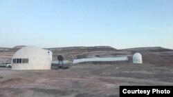 مرکز تحقیقاتی که در آن شرایط حیات بر مریخ شبیهسازی میشود، ایالت یوتا، آمریکا