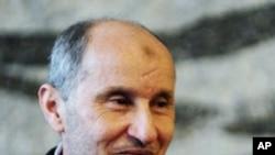 利比亞過渡全國委員會負責人阿卜杜勒.加里爾向國際尋求政治認可