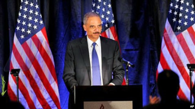 Attorney General Eric Holder speaks at the Muslim Advocates annual dinner in Millbrae, Calif., 10 Dec 2010