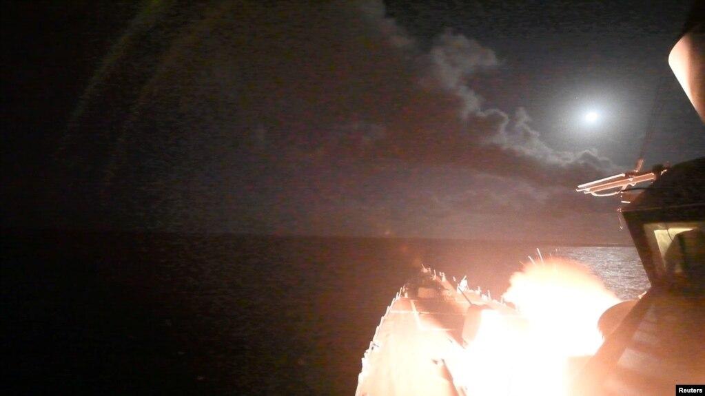 ဆီးရီးယားႏိုင္ငံထဲက စစ္တပ္ပစ္မွတ္ေတြကို ေျမထဲပင္လယ္ထဲေရာက္ေနတဲ့ အေမရိကန္စစ္သေဘၤာေပၚကေန Tomahawk Missile ဒံုးက်ည္ေတြနဲ႔ ေသာၾကာေန႔မနက္အေစာပိုင္းအခ်ိန္္မွာ ပစ္ခတ္၊