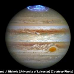 Hubble Telescope captures auroras in Jupiter's atmosphere