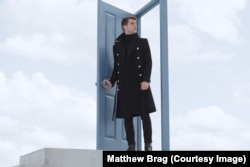 Matthew Brag in Strange Girl in a Strange Land