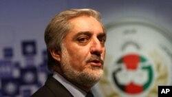 آقای عبدالله می گوید که از تشکیل حکومت ائتلافی آگاه نیست.