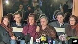 ایران میں قید تین امریکی سیاحوں کی مایئں (فائل فوٹو)