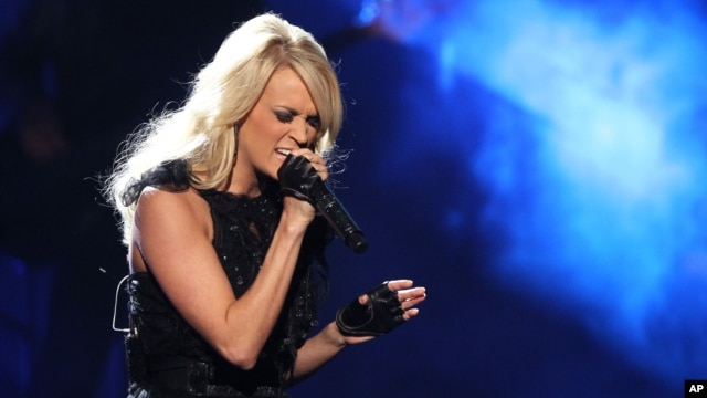 Carrie Underwood performs at the 40th Anniversary American Music Awards on Nov. 18, 2012, in Los Angeles.