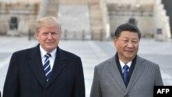 Le président américain Donald Trump et le président chinois Xi Jinping, à la Cité interdite à Beijing, le 8 novembre 2017.