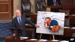 麥凱恩參議員指責當局拖延應付難民危機