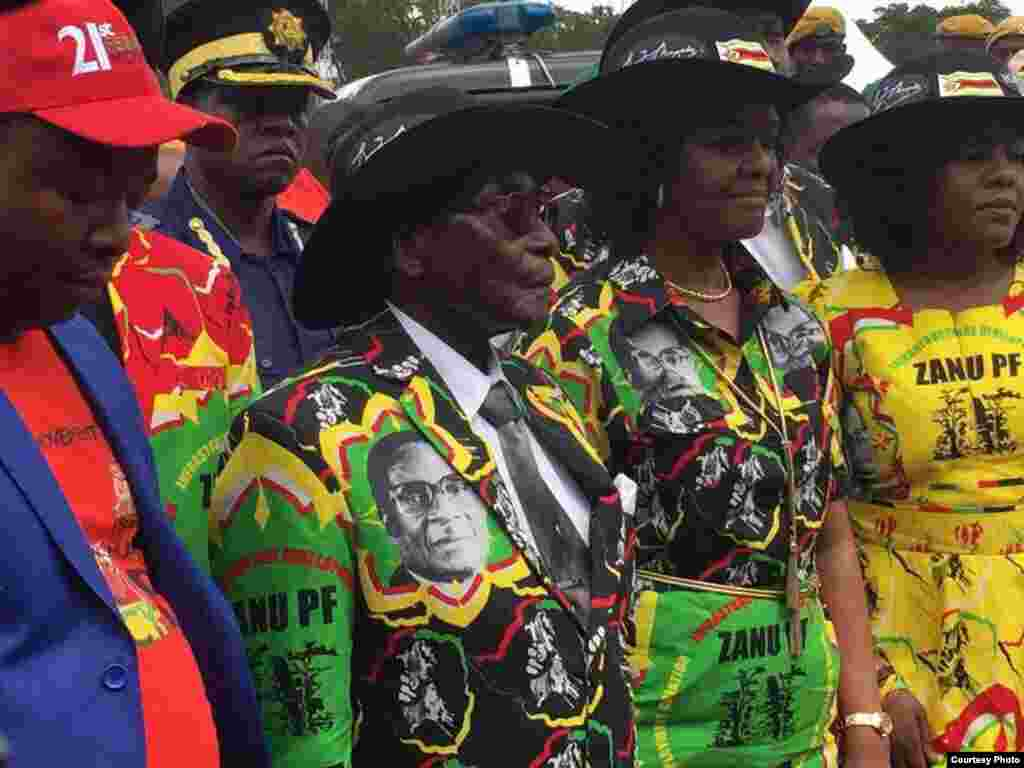 President Robert Mugabe, his wife Grace, daughter Bona and other family members.