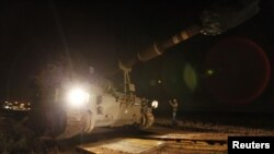 Tanques de Israel con cañones de 155mm fueron movilizados cerca a la frontera de Franja de Gaza. Aumenta la tensión.