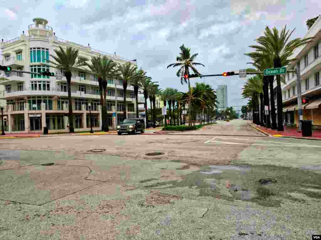 Miami Beach antes de paso de huracán Irma.