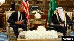 Tổng thống Hoa Kỳ Barack Obama gặp Quốc vương Salman cung điện Erga tại Riyadh, ngày 27/1/2015.