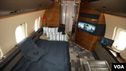 Angola Avião Bombardier 6000