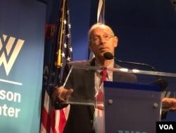 美国智库外交政策研究所的副主席、小布什总统的国防部次长扎克海姆在华盛顿的威尔逊中心讲话