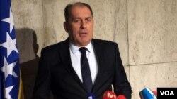 Dragan Mektic, menteri keamanan Bosnia, mengatakan 226 warga Bosnia diyakini telah bergabung dengan ISIS (foto: dok).