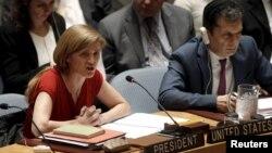사만다 파워 유엔 주재 미국대사(왼쪽)가 지난해 12월 유엔 안보리에서 열린 북한 인권 관련 회의에서 발언하고 있다. (자료사진)