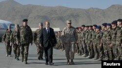 Жан-Ив Ле Дриан прибыл в Кабул, Афганистан