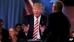 El candidato presidencial republicano, Donald Trump, habló en un foro sobre seguridad nacional moderado por el presentador de NBC Matt Lauer, el miércoles, 7 de septiembre de 2016.