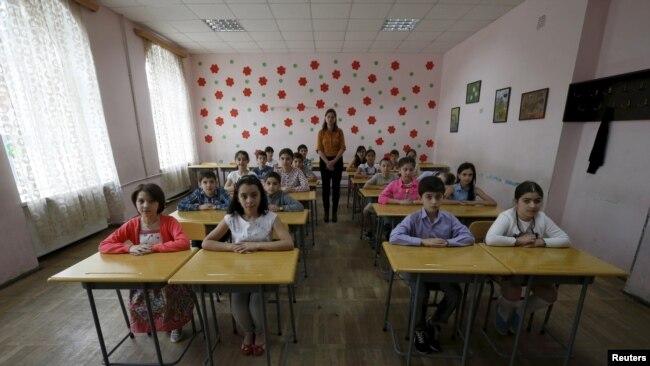 中国在前苏联国家扩大影响 中文成格鲁吉亚第二外语