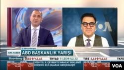 Novinar turske redakcije Glasa Amerike Serdar Cebe intervjuiše gosta u svojoj emisiji.