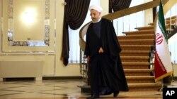 آقای روحانی با اینکه نارضایتی خود از زندانی شدن خبرنگاران را بارها بیان کرده اما دولت او موفقیتی در اینباره نداشته است.