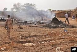 La scène à Bentiu, Soudan du Sud, après un bombardement (14 avril 2012)