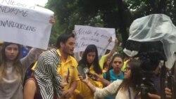 Legislador opositor Carlos Paparoni asegura que no se puede permitir que el miedo paralice la protesta en venezuela