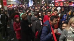 Online Fraud Rising as Holiday Shopping Season Begins