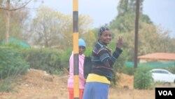 Ezinye izizalwane zeZimbabwe ezihlala kwele Botswana